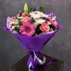 букет из хризантем, лилий и других цветов