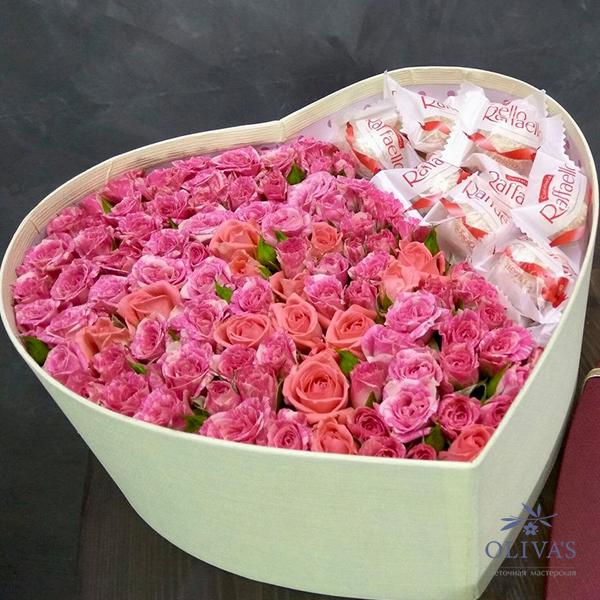Цветочный подарок с Raffaello