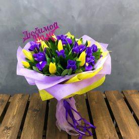 тюльпаны и ирисы