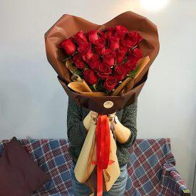 шикарное сердце из роз