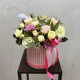 цветы в круглой коробочке