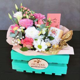 цветочный подарок с кружкой