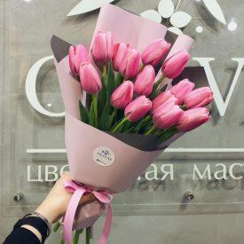 букет тюльпанов в корейской упаковке