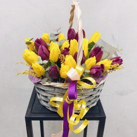 яркая корзина тюльпанов оливас феодосия