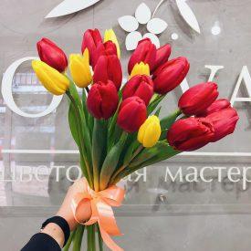букет тюльпанов феодосия