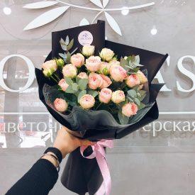 букет из веточных роз оливас