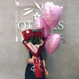 букет роз и шарики феодосия