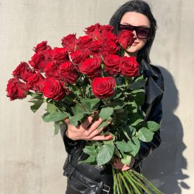 """Букет из красный роз """"Страсть"""""""